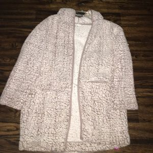 AMERICAN EAGLE PUFFER JACKET!!! (Fits oversized)